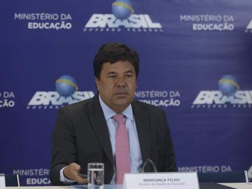 Ministro Mendonça Filho; consulta pública sobre o novo Enem começa no dia 18 (Foto: Marcello Casal Jr / Agência Brasil)