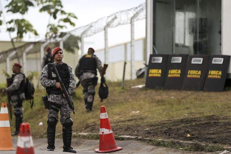 Homens da Força Nacional que estão em Manaus; grupo semelhante, especificamente para presídios, foi anunciado hoje (Foto: Agência Brasil)