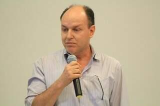 Junior Mochi, presidente do PMDB, diz que pesquisas para avaliar nomes começa nesta semana (Foto: Marcos Ermínio)