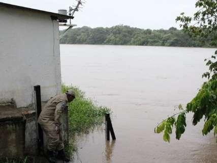 Chuvas em excesso elevam em mais de 1,5 metro nível do rio Taquari