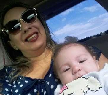 Um ano após primeiros casos de zika, mães comemoram saúde dos bebês