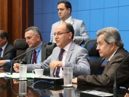 """Deputados divergem sobre votações polêmicas como """"escola sem partido"""" em 2018"""
