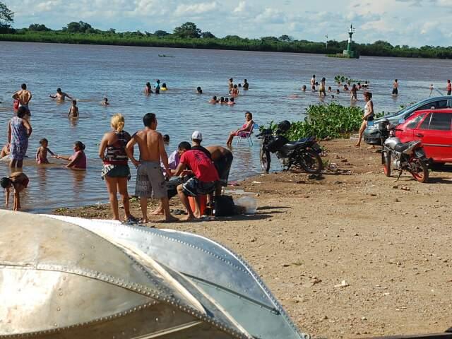 Prainha do Rio Paraguai. (Fotos: Marlon Ganassim)