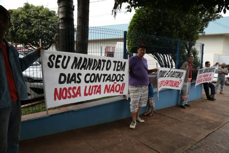 Protesto dos caçambeiros (Foto: Fernando Antunes)