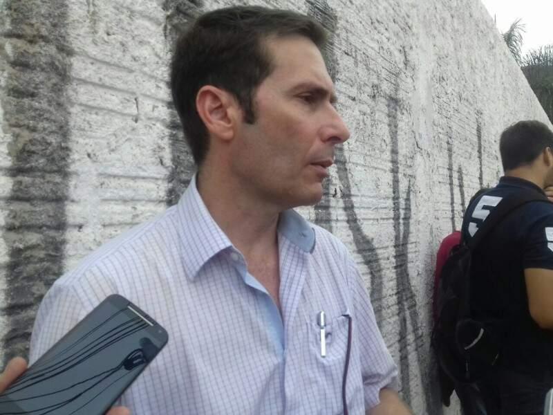O diretor-presidente da Agetran, Janine de Lima Bruno, garantiu que o prefeito irá anunciar em breve a solução para o caos na Via Parque (Foto: Mayara Bueno)