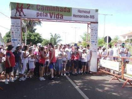 Esta é a 3ª edição da  3ª Caminhada e Corrida pela Vida Hemosul/Hemorrede-MS e a expectativa é de mil participantes