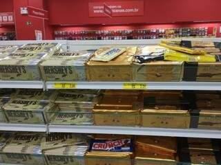 Chocolate em promoção. (Foto: Renata Volpe)