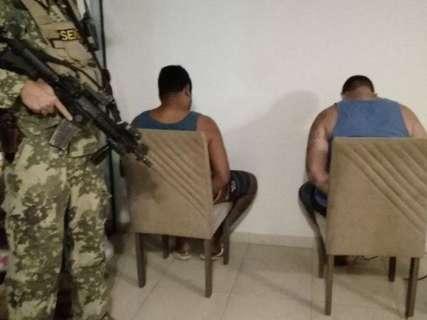 Brasileiros são presos com armamento de guerra em 'célula' do CV no Paraguai