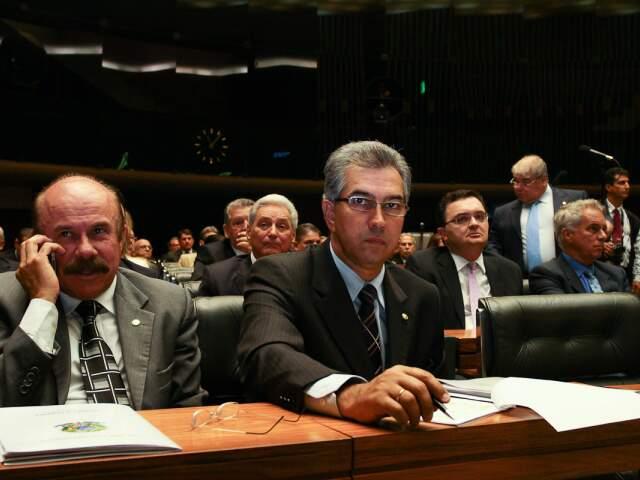 Segundo Reinaldo Azambuja, o Governo propõe uma série de exigências incompatíveis.