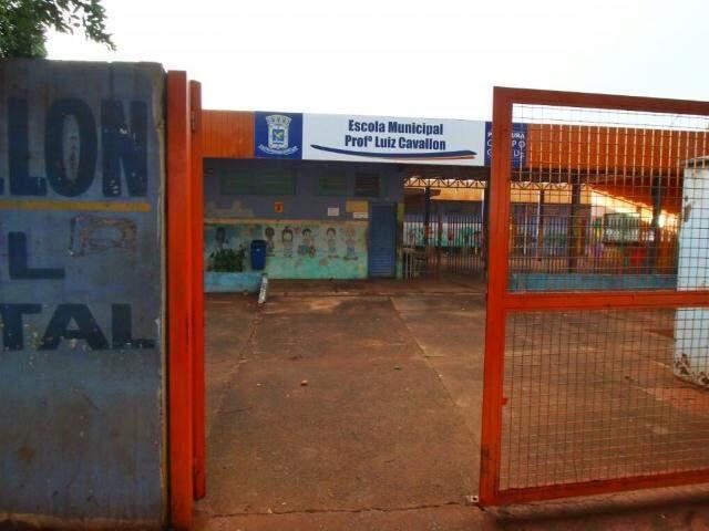 Escola fica no Jardim Botafogo. (Foto: André Bittar)