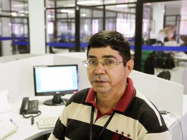 Nicodemos Moura Rodovalho de Alencar, 53 anos, jornalista e ex-escrivão da Polícia Civil. (Foto: Divulgação/Facebook)