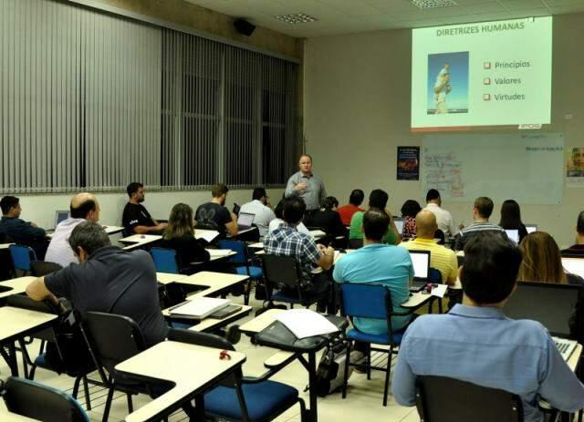 Quadro de professores tem profissionais requisitados em todo Brasil.