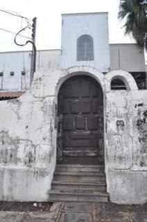 O casarão já passou por pelo menos dois donos depois que foi vendida por Pedrossian em 1986. (Foto: Marcelo Calazans)