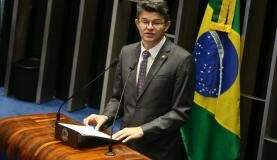 Depois que Temer assumiu a presidência, José Medeiros se tornou vice-líder do governo na Casa.  (Antonio Cruz/Agência Brasil)