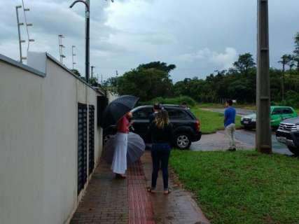 Gaeco continua na sede da na Omep para 'busca minuciosa', diz agente