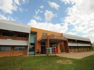 Fachada da Universidade Estadual da Grande Dourados (Foto: divulgação/assessoria)