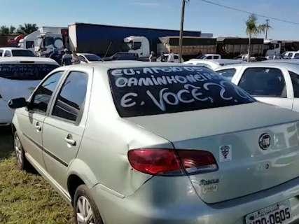 Protesto de caminhoneiros tem adesão de motoristas de aplicativos pelo 2º dia