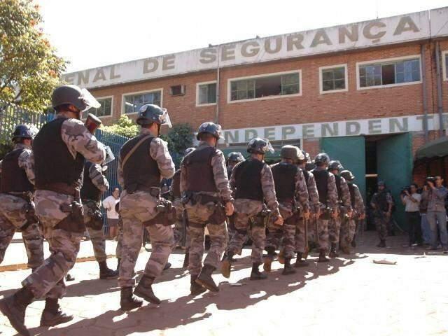 Na Máxima de Campo Grande, para cada vaga há de três a quatro presos. (Foto: Adriano Hany/Arquivo)