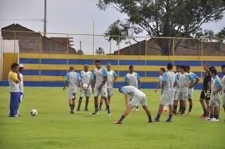 Müller já comanda treinos no grupo a pouco mais de uma semana (Foto: João Garrigó)