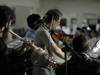 Orquestra também participou de homenagem, com Villa-Lobos e Bach (Foto: João Paulo Gonçalves)