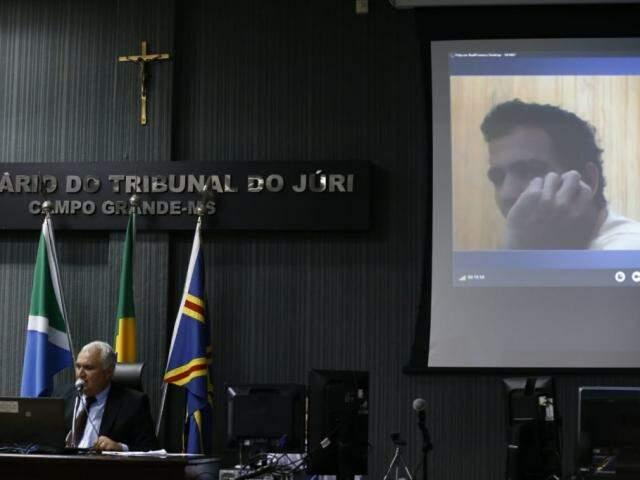 """Luiz Alves Martins Filho, o """"Nando"""", durante um dos cinco julgamentos pelos quais já passou. (Foto: Arquivo)"""