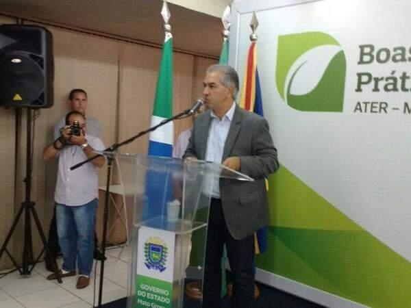 Governador Reinaldo Azambuja (PSDB) em evento da Agraer falou sobre reformas administrativa e da previdência. (Foto: Leonardo Rocha)