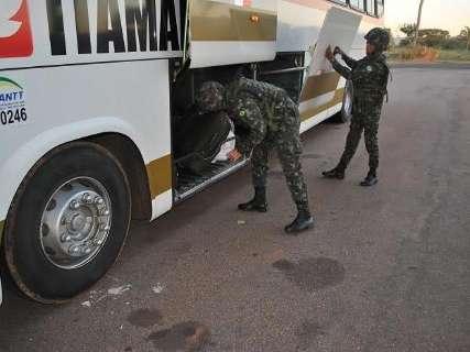 """Exército nega ação contra """"guerra"""" e diz que só age se Brasília mandar"""