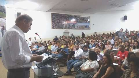 Bernal diz que Prefeitura não tem como dar reajuste pedido por professores