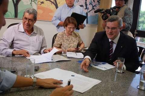 André antecipa reforma e pode trocar cinco secretários em fevereiro