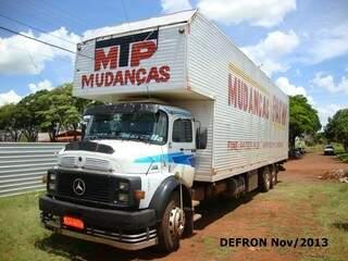 O caminhão foi recuperado pela PRF (Foto: Divulgação)
