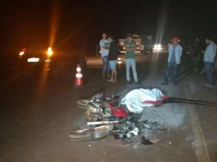 Adolescente morre após bater moto em carretinha de trator na MS-276