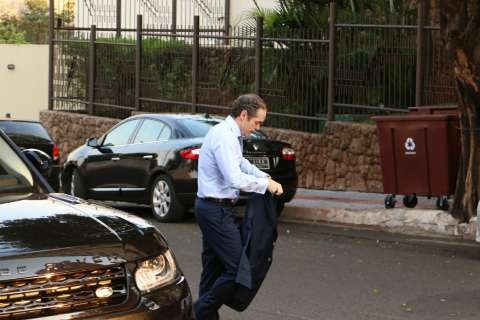 Polícia Federal sai às ruas e cumpre mandado na casa de Reinaldo