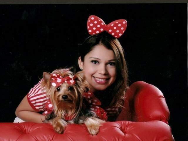 Cindy e Juanna em ensaioo super fofo vestidas de Minnie.