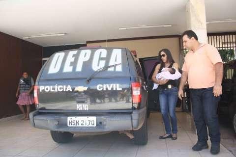 Polícia localiza bebê sequestrado e prende mulher no bairro Tiradentes