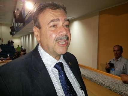 """Siufi diz ser oposição, nega indicação de prima e """"estranha"""" cedências"""