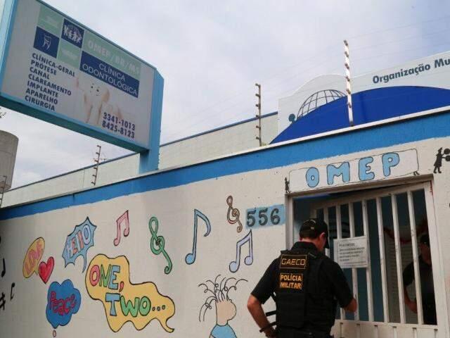 Policiais amanheceram na Omep em 13 de dezembro. (Foto: Marcos Ermínio/Arquivo)