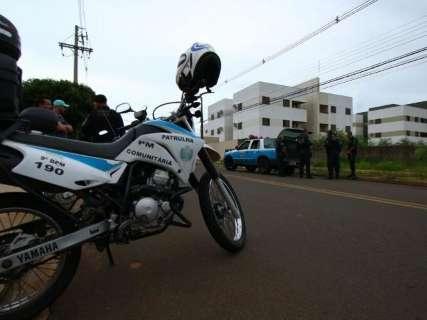 Motociclista rouba celular, mas é preso logo em seguida na Mata do Jacinto