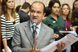 José Carlos Barbosa apresenta projeto para informar população sobre isenções e descontos em cartórios (Foto: