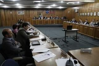 Conselho da OAB ouviu hoje parecer sobre relatório da CPI do Calote (Foto: Cleber Gellio)