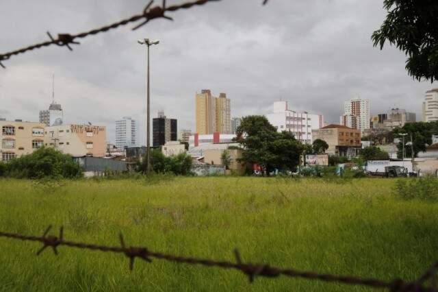 Se aprovado, novo plano pode implicar até na venda de terrenos. (Foto: Gerson Walber/Arquivo)