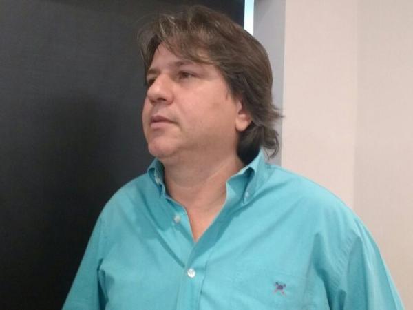 Único concorrente da Assomasul, Pedro Caravina, prefeito de Bataguassu, do PSDB. (Foto: Richelieu de Carlo)