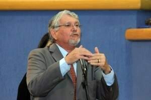 """Zeca acredita que cinco secretarias e agências bastam para formar a """"coalizão"""" (Foto: arquivo)"""
