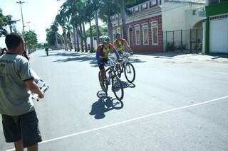 Competição começou ontem (23) e terminou na manhã deste domingo (Foto: Marcos Ermínio)