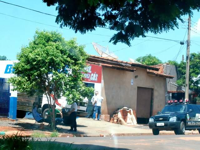 Distribuidora de gás clandestino foi fechada. (Foto: Tá na Mídia Naviraí)