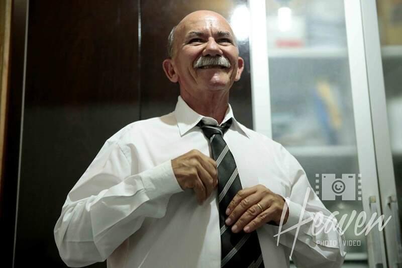 Simão Nogueira nos preparativos, em casa. (Foto: Heaven Photo e Video)