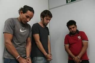 Na sequência, Anderson,  Luis Alberto e Ronaldo (Foto: Marcos Ermínio)