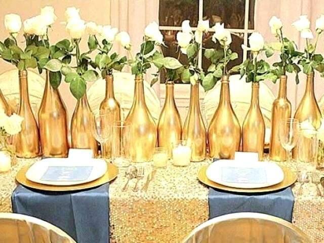 Dourado nas garrafas e o azul para romper a mesmice de Réveillon.