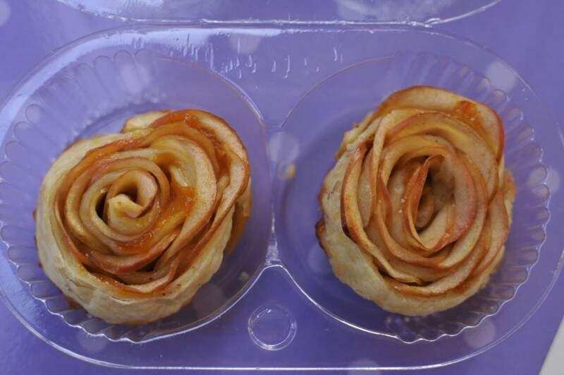 Tortinhas de maçã com massa folheada da Trufeitaria.