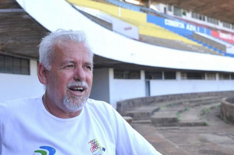 Marco Tavares, dirigente da FFMS, confirmou a mudança da data de estreia do Operário no Estadual 2017. O jogo com o União foi transferido de sábado à tarde para a próxima quarta-feira à noite (Foto: Alcides Neto)