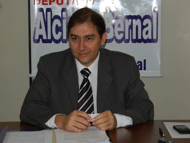 Presidente do PP diz em vídeo que Bernal é mais do que nunca o partido nas eleições de 2012(Foto: Simão Nogueira)